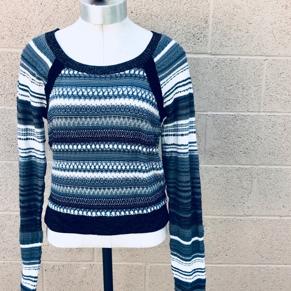 Free People Tops - Free People knit sweater